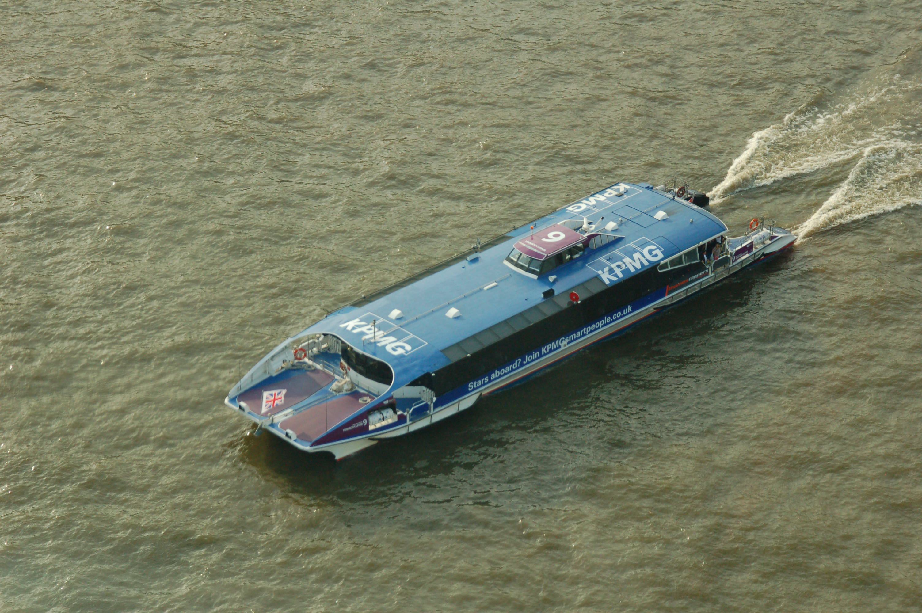 Fast Boat on the Thames