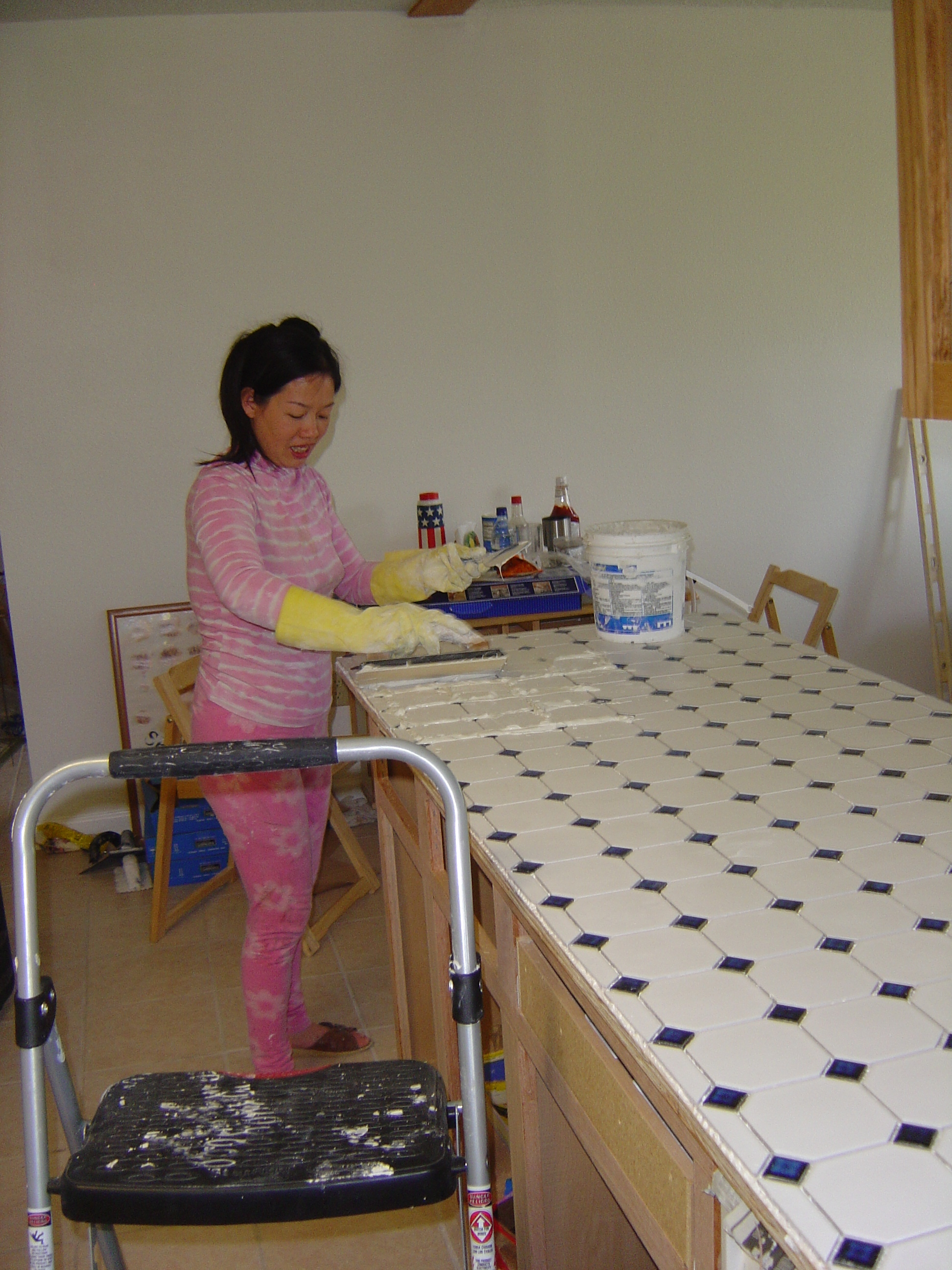 Building The Kitchen Countertops