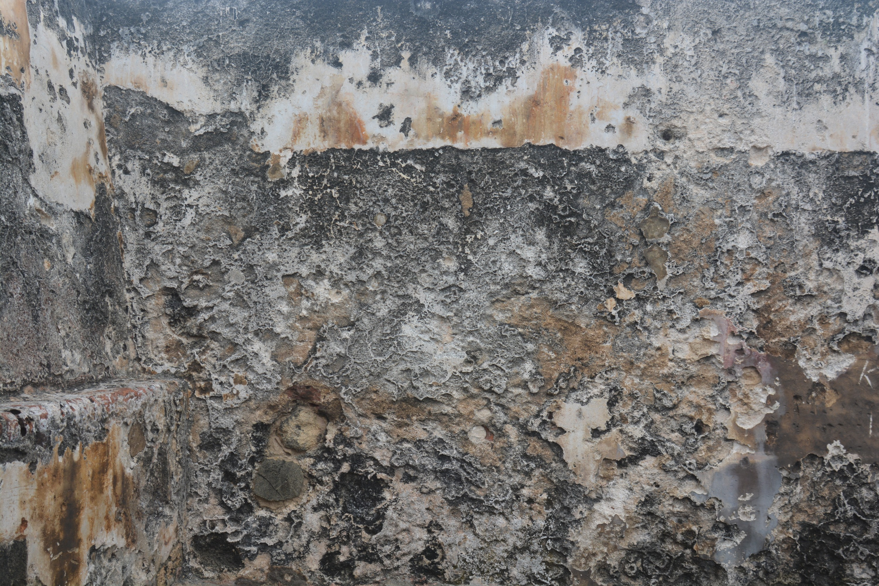 The Texture of Old Stone