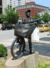 Newspaper Delivery Boy Memorial